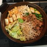 自宅でキムチ鍋をやるなら「赤から鍋スープ」を使うのがおすすめ! 辛さは「赤1番」で大人も子供も満足!!